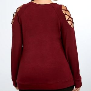 Torrid Lattice Sleeve Sweatshirt EUC
